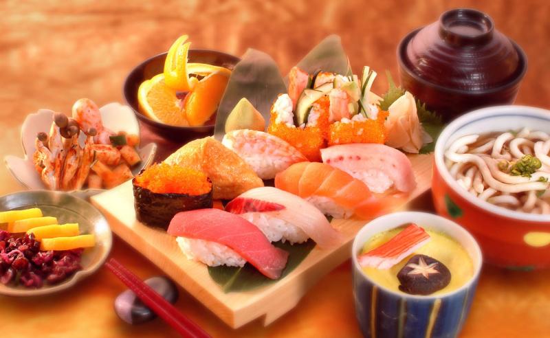 Chế độ ăn cân bằng và giàu dinh dưỡng
