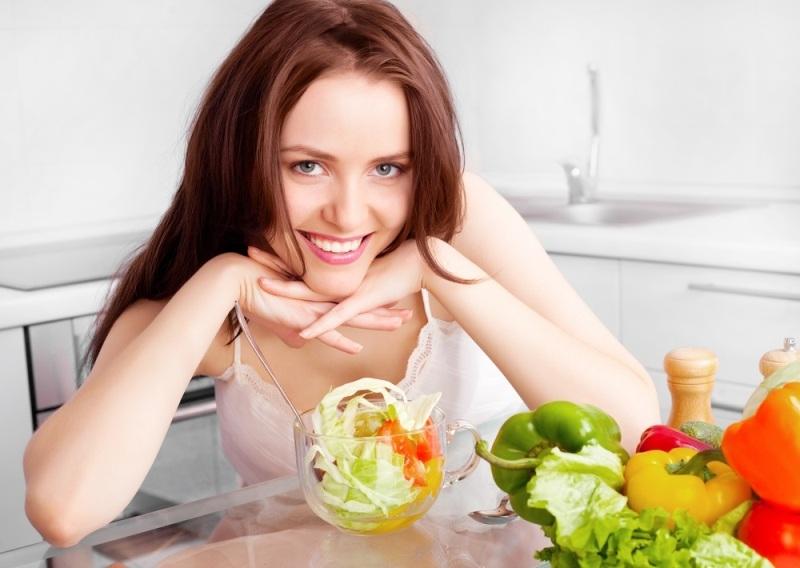 Ăn uống đóng vai trò quan trọng trong việc làm đẹp và chăm sóc da mùa hè