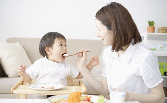 Top 10 cuốn sách hay và bán chạy nhất hiện nay về dinh dưỡng và sức khỏe cho bé