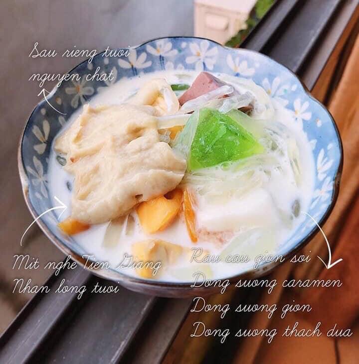 Món chè Thái sầu riêng của quán