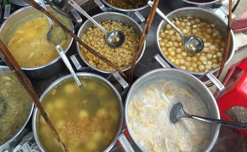 Quán chè Thái Lan đường Hàng Kênh là một trong những quán ăn ngon bạn không nên bỏ qua