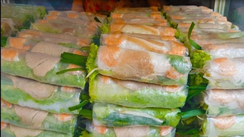 Chè Và Bánh Nhiên Anh