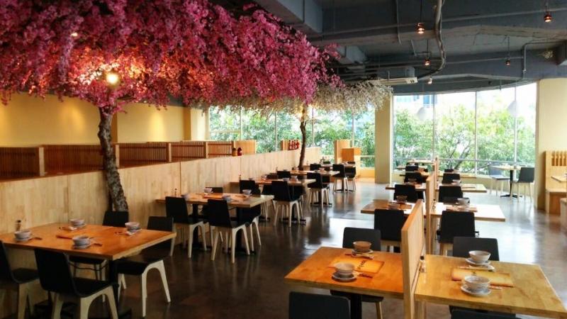 Cheap Eats là một trong những nhà hàng nổi tiếng ở Thành phố Hồ Chí Minh