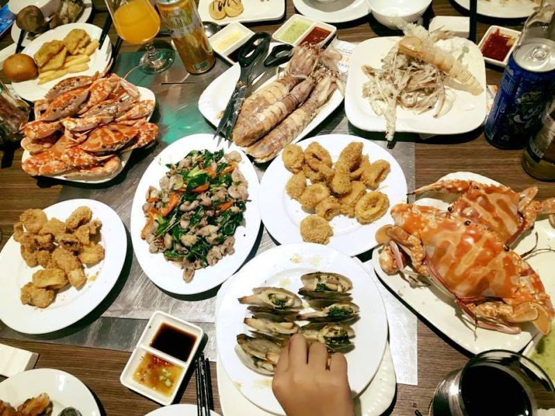 Nhà hàng phục vụ hải sản tươi ngon