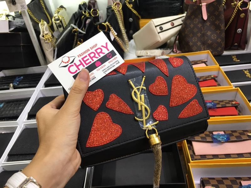 Cherry Fashion Shop