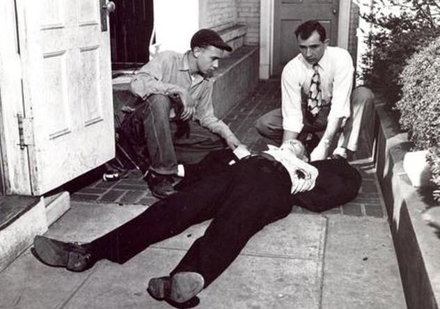Leslie William Coffelt là người duy nhất bị tử nạn
