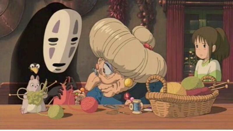 Vô Diện hiền lành đan khăn bên phù thủy Zeniba.
