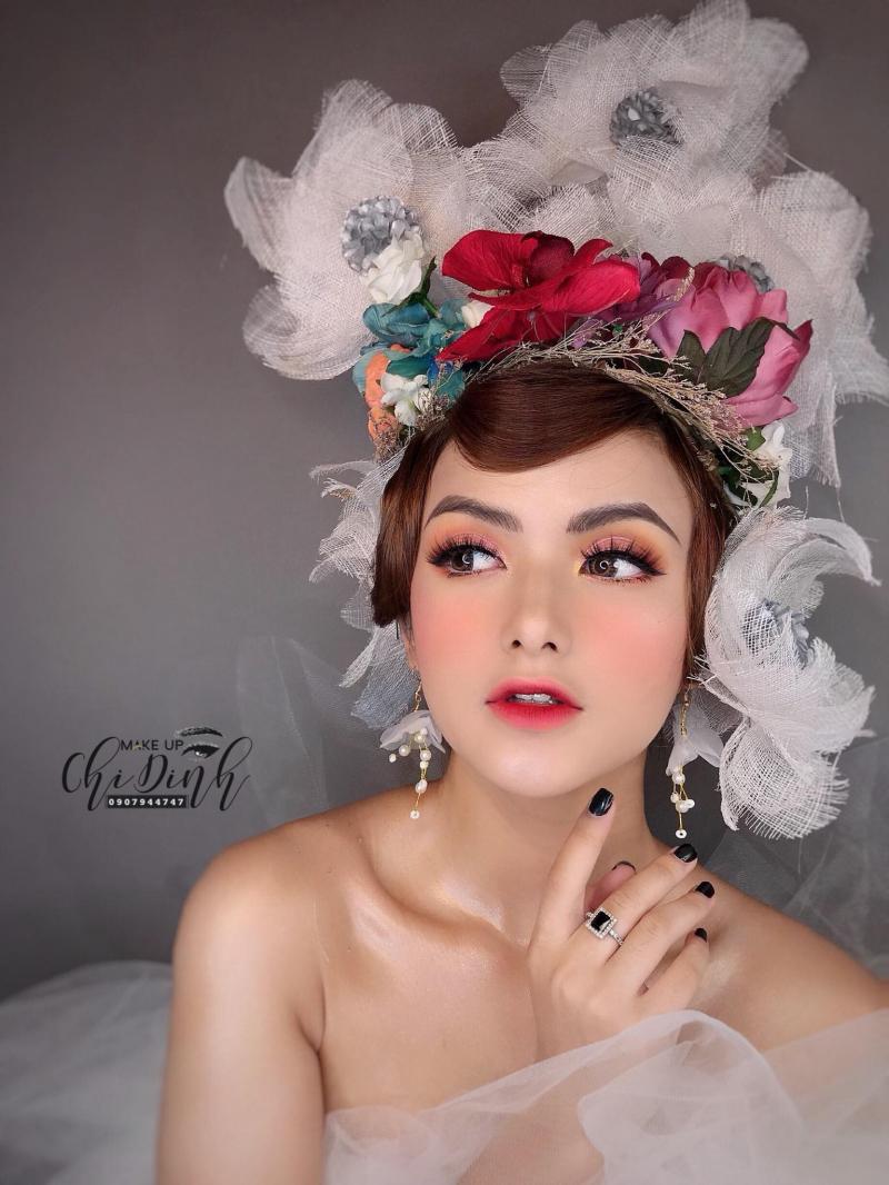 Chi Đinh Make up