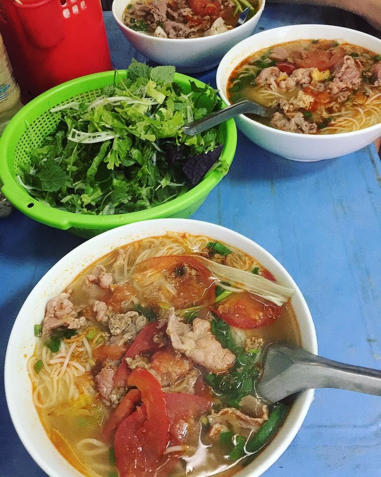 Chị Hồng - Bún Thái & Bún Riêu Cua