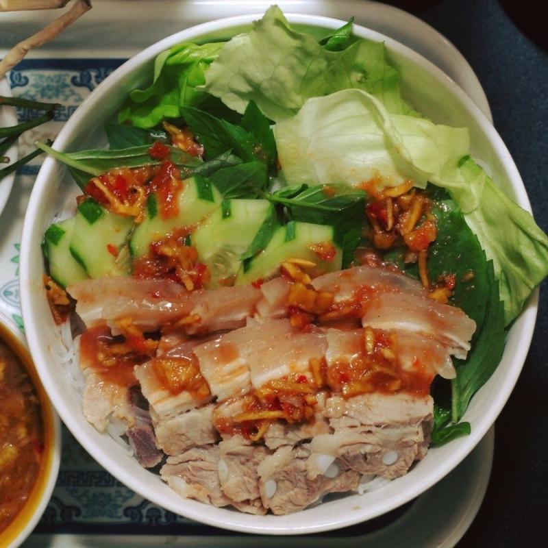 Chị Hồng - Bún Thịt Nướng & Bún Mắm Nêm