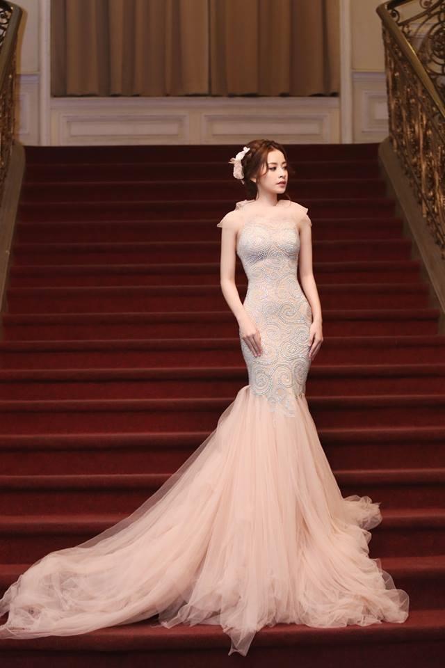 Chi Pu luôn là điểm nhấn nổi bật của nền thời trang nói chung và giới nghệ thuật Việt Nam nói riêng.
