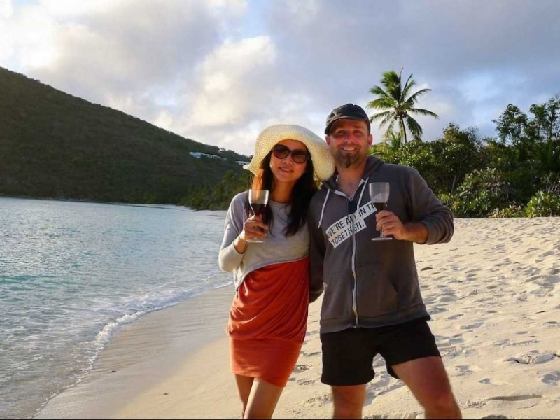 Với việc chi tiêu dè sẻn, Jeremy Jacobson và Winnie Tseng đã giành số tiền còn lại để đi du lịch khắp thế giới
