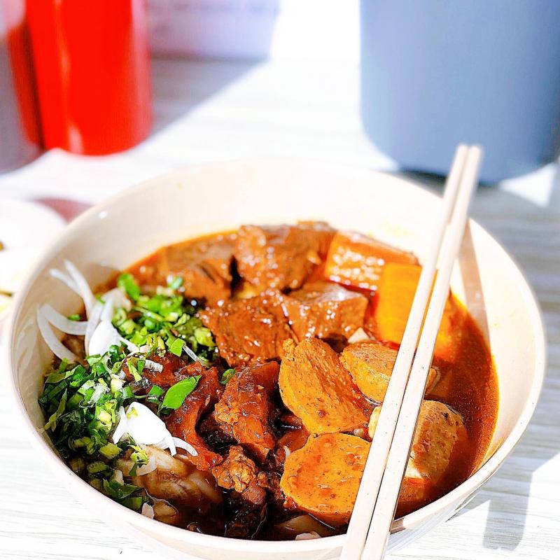 Chị Vân - Bò Kho & Phở Bò