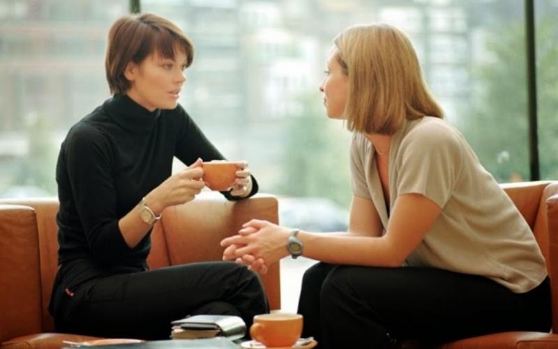 Chia sẻ với bạn bè hoặc người thân về tình trạng của bạn