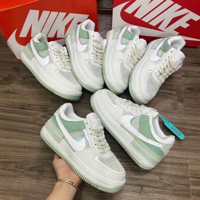 Chicago Sneaker