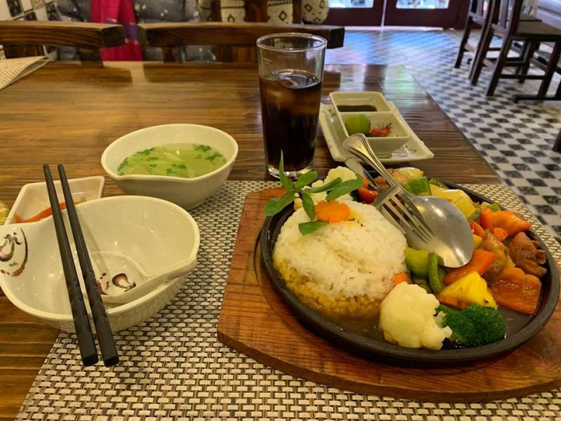 Chicken House - Cơm gà Singapore