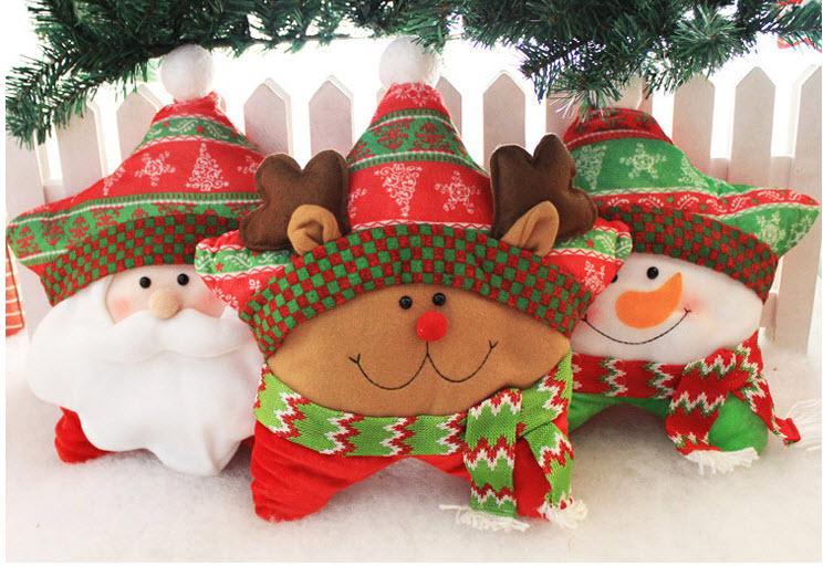 Chiếc gối mang màu sắc Giáng sinh