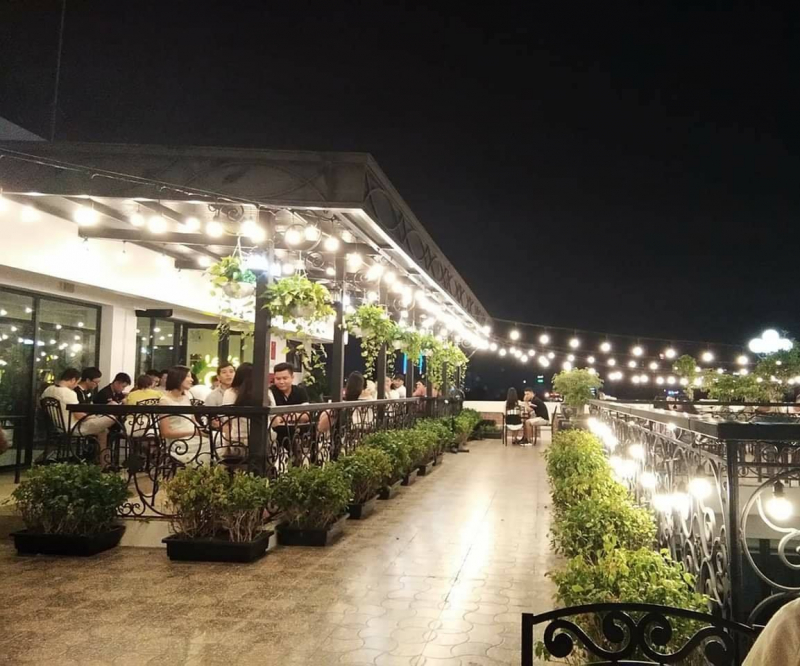 Chill Rooftop Cafe Thanh Hóa