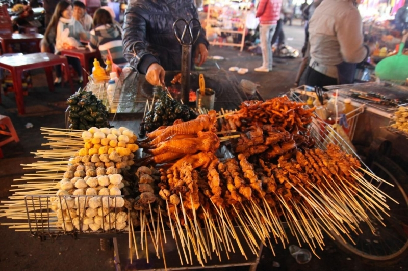 Món ăn đường phố ngon mà rẻ