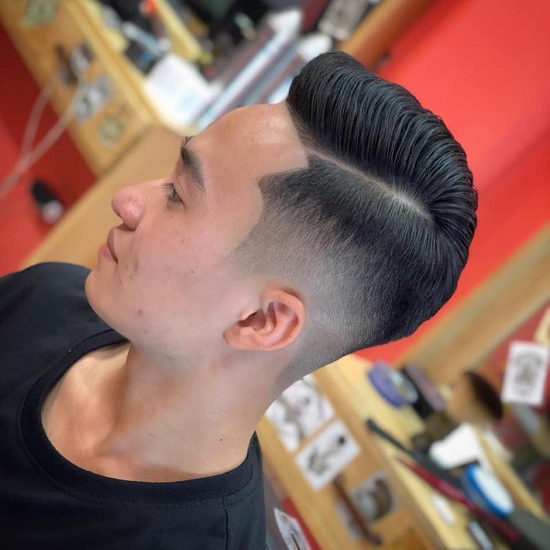 Ngoài cắt tóc còn có nhiều dịch vụ khác