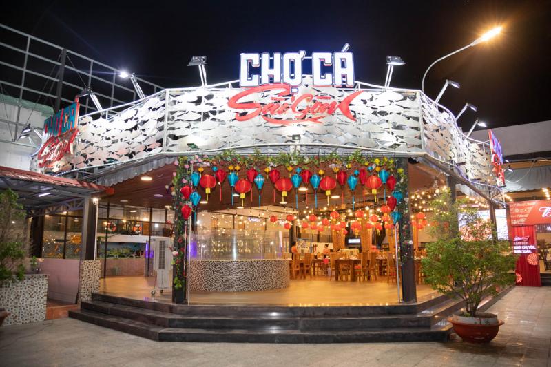 Chợ cá Sài Gòn - Nhà hàng Làng Gió
