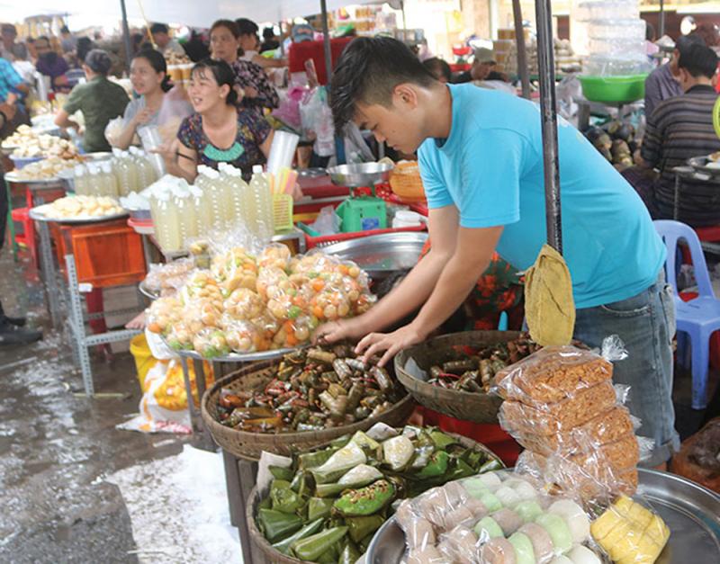 Chợ Châu Đốc với các món ăn đặc sản