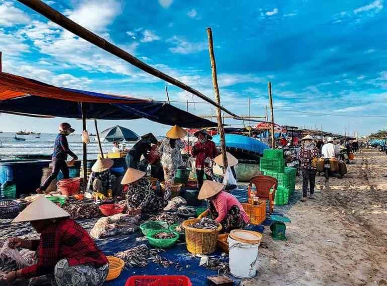 Chợ đầu mối hải sản Thanh Khê