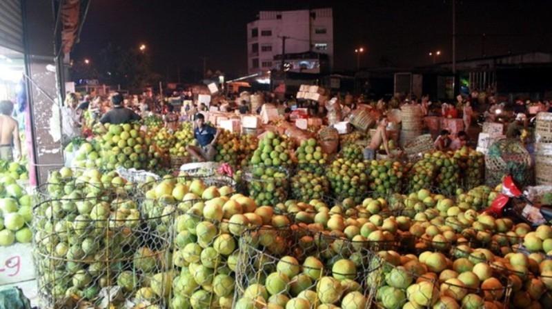 Nông sản bên trong chợ