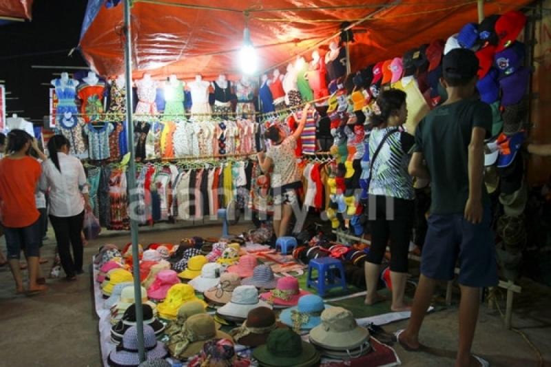 Khu chợ nổi tiếng về đêm