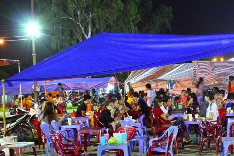 Chợ đêm làng đại học Thủ Đức