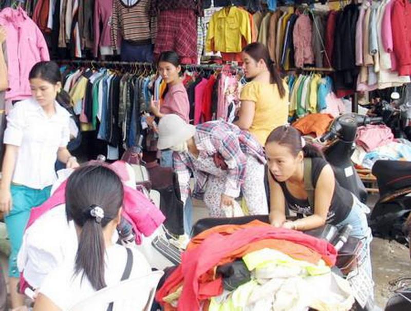 Khu chợ đêm Lĩnh Nam - Hoàng Mai