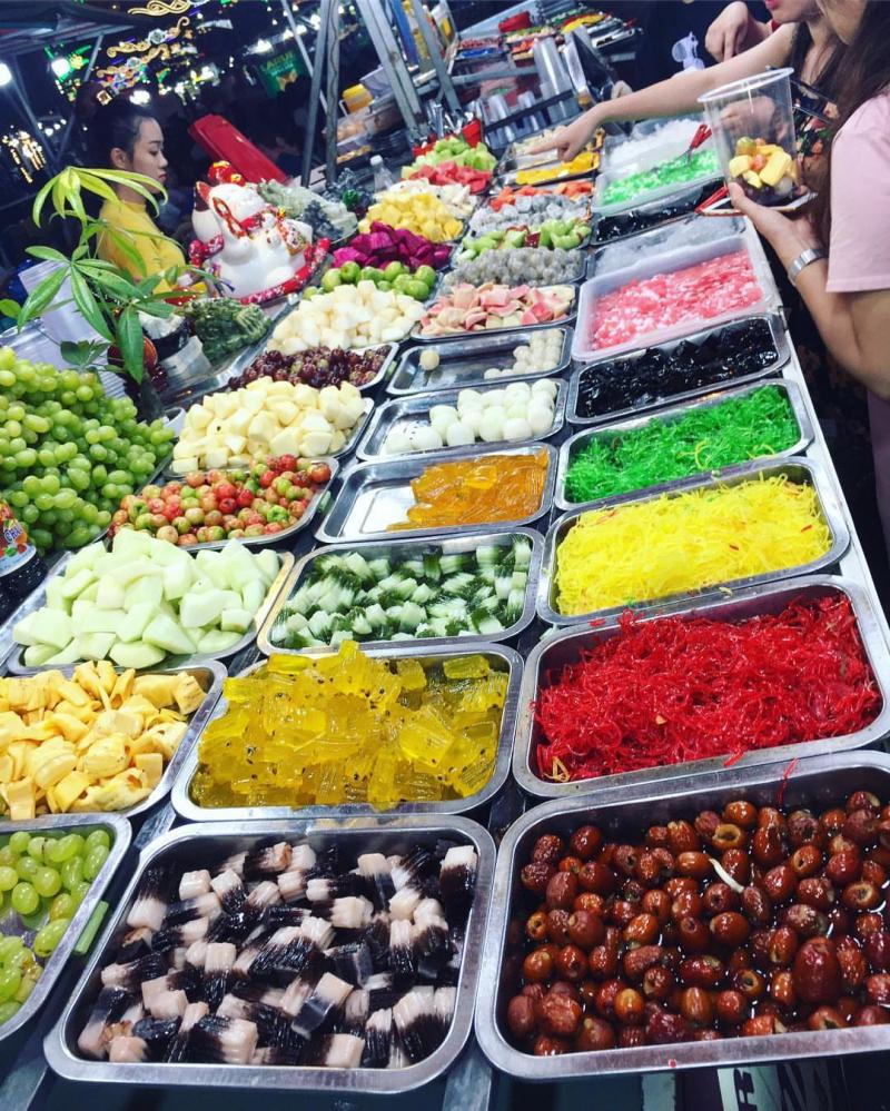 Chợ đêm Tây Đô