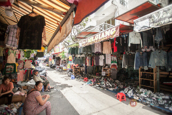 Chợ Đồ Si Bàn Cờ
