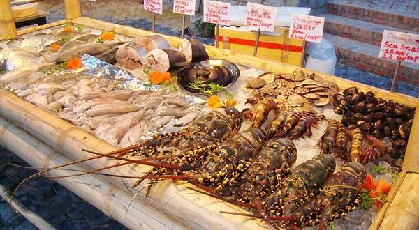Chợ hải sản phường Thanh Khê Đông