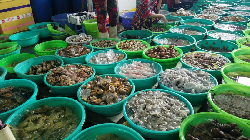 Seafood at the market is always fresh and delicious