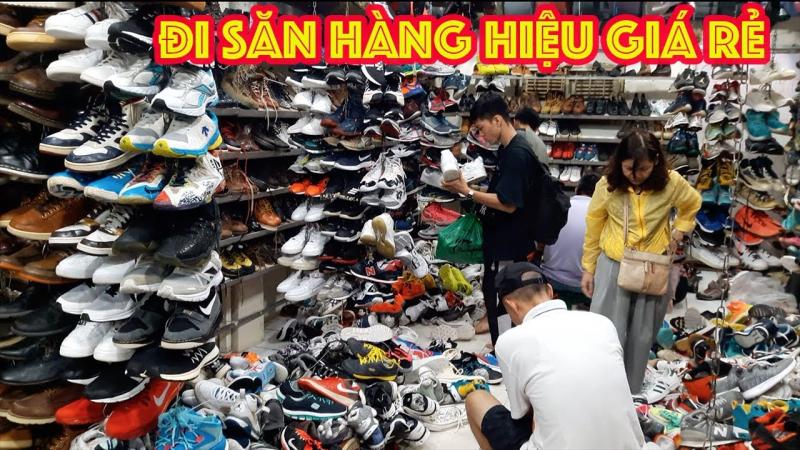Top 10 khu chợ bán đồ cũ chất lượng nhất Sài Gòn