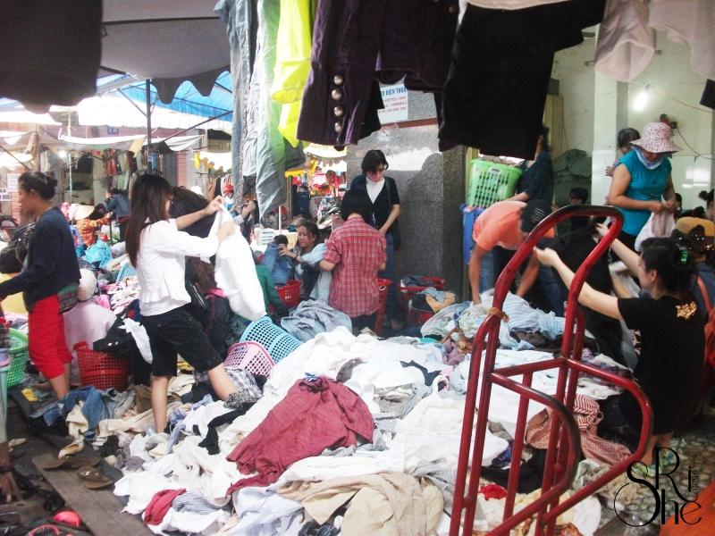 Top 8 Khu chợ giá rẻ tại Sài Gòn