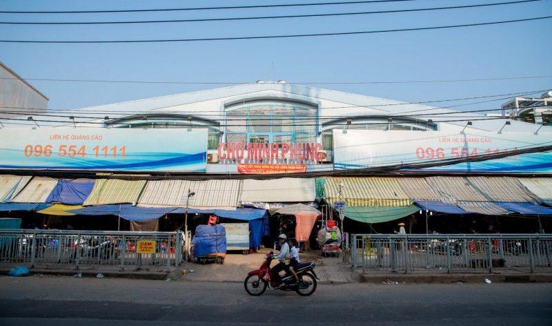 Chợ Minh Phụng bình dân Sài Gòn
