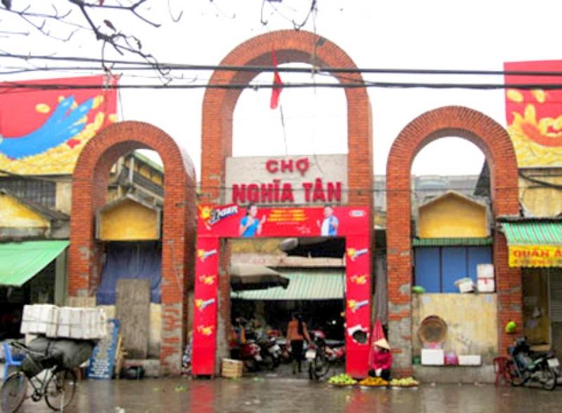 Cổng khu chợ Nghĩa Tân