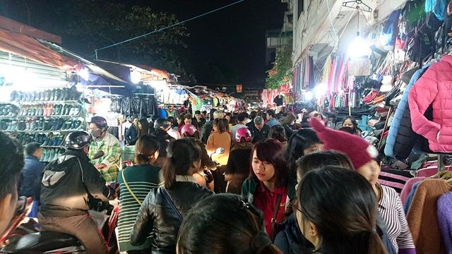 Chợ Nhà Xanh - Cầu Giấy
