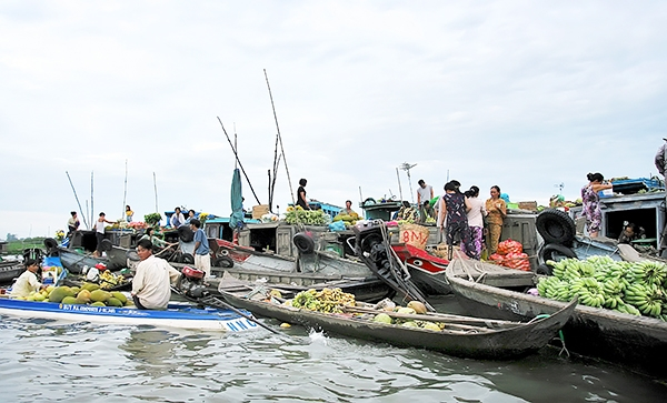 Chợ nổi ở Long Xuyên, An Giang