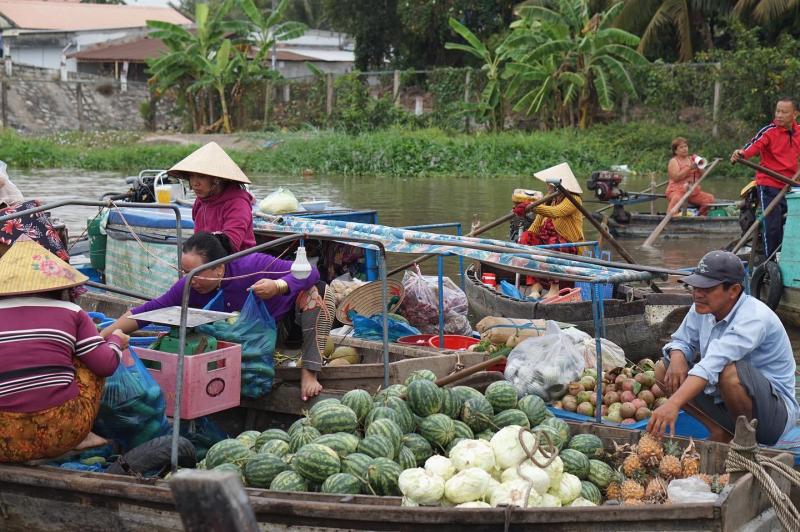 Chợ nổi Phong Điền - Cần Thơ