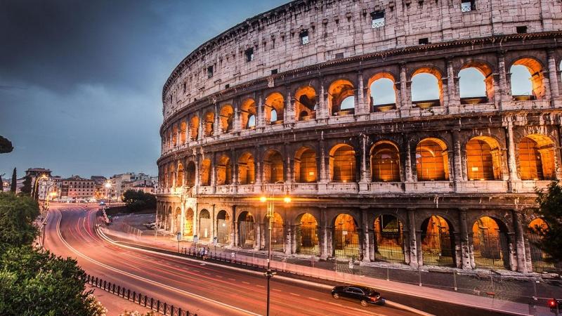 Ngoài đi chợ bạn có thể thăm thú Rome một vòng