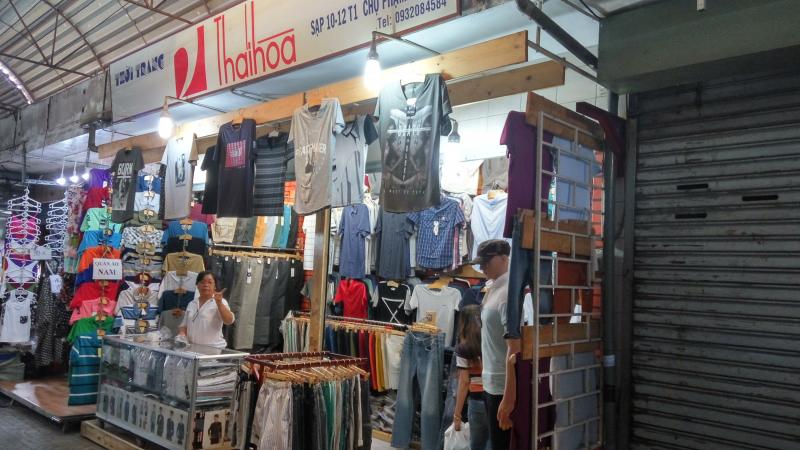 Top 14 khu chợ chuyên sỉ các mặt hàng rẻ nhất tại thành phố Hồ Chí Minh