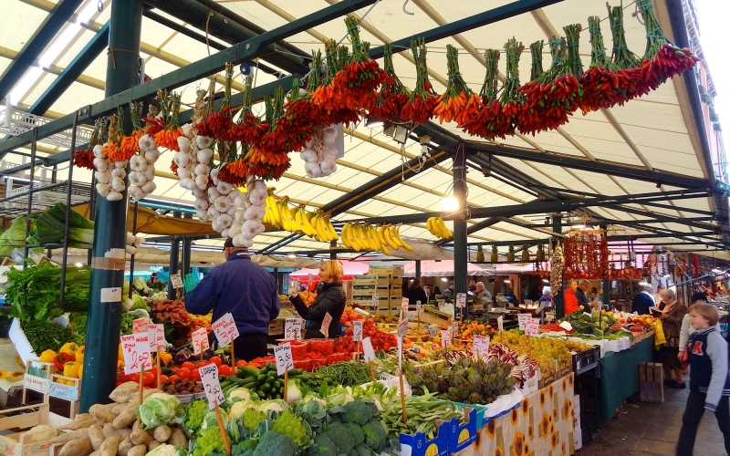 Các loại thực phẩm tươi ngon ở chợ Rialto