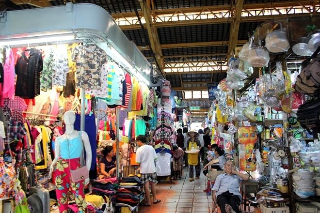 Một góc bên trong chợ Tân Định