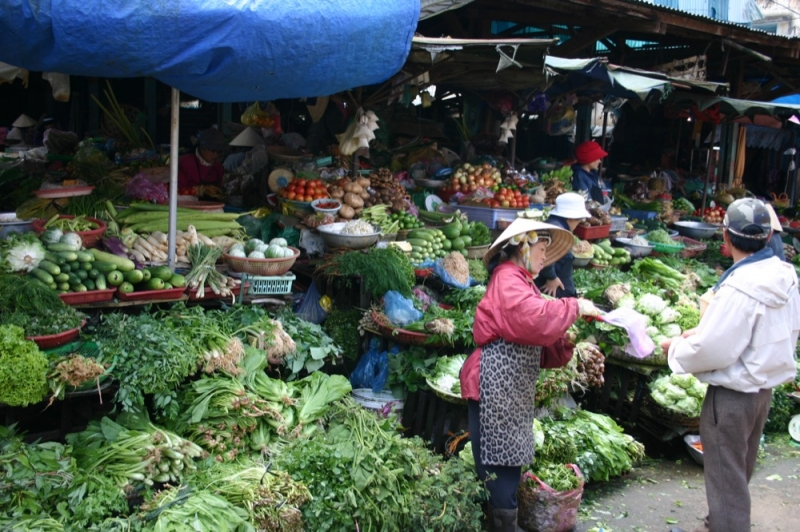 Khu chợ dân sinh nổi tiếng ở Hà Nội
