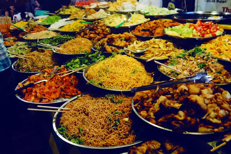 Chợ thực phẩm tối Vangthong