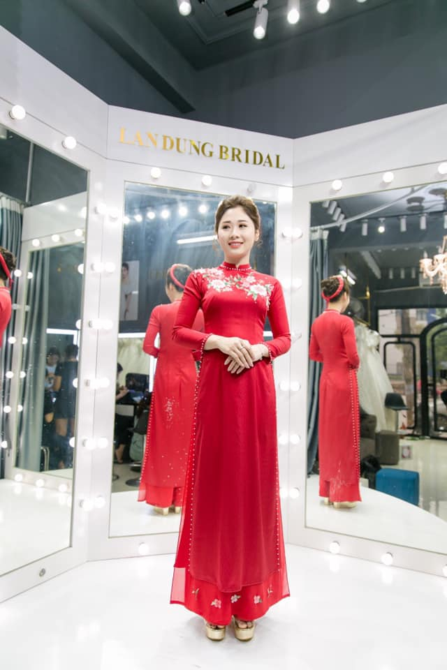 Cho thuê áo dài cưới đẹp nhất Phú Thọ, Việt Trì – Lan Dung Makeup Store