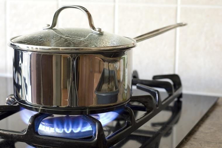 Chọn kích cỡ nồi inox phù hợp với bếp